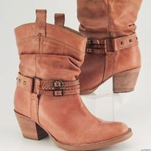 Steve Madden sz9.5 tan leather Tanner boots